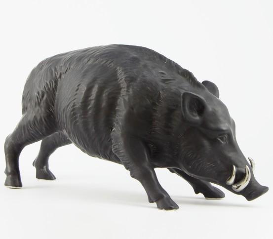 Matt black Hog with platinum tushes